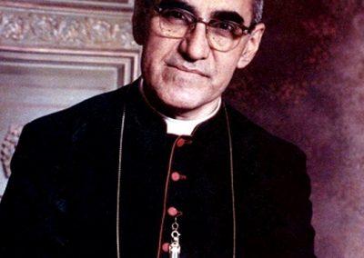 Monseñor_Romero_colour